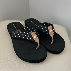 Tommy Hilfiger | Black Foam Polka Dot Flip Flops